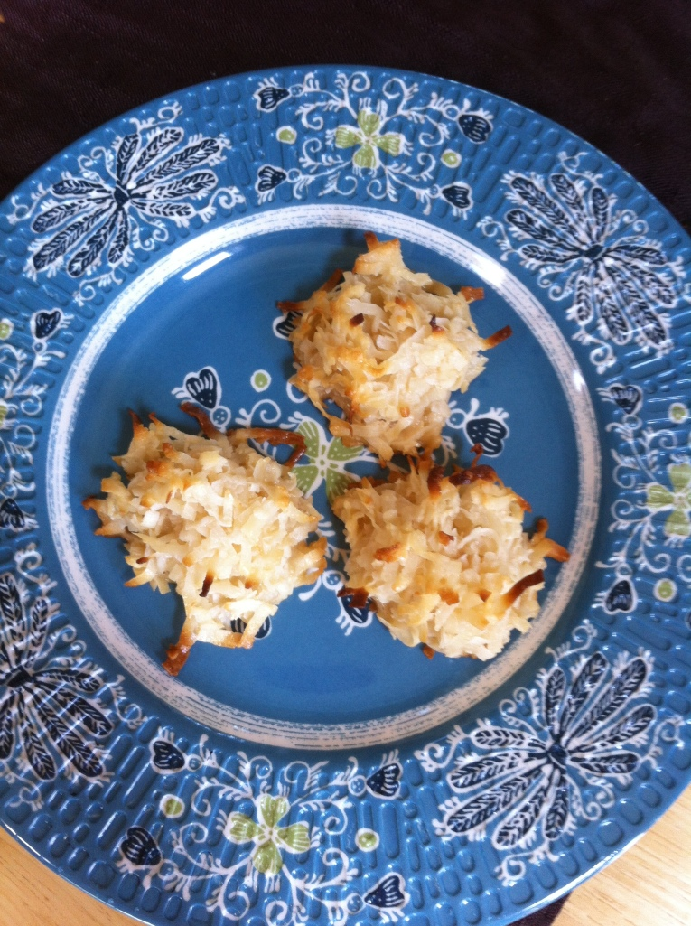 Delectably crispy coconut macaroons