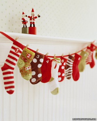 baby-sock-advent-calendar-martha-stewart