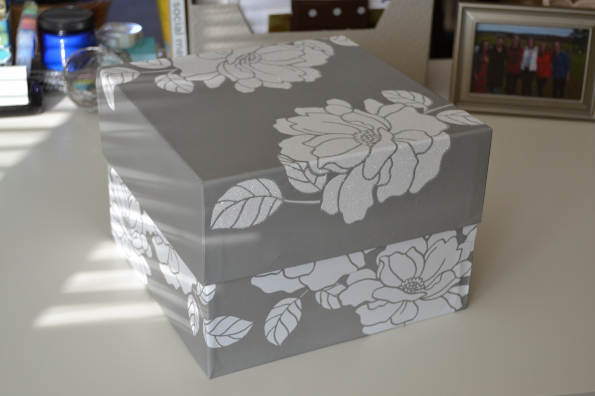 wedding-keepsake-box